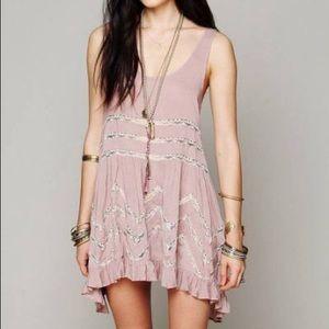 Soft lilac trapeze dress